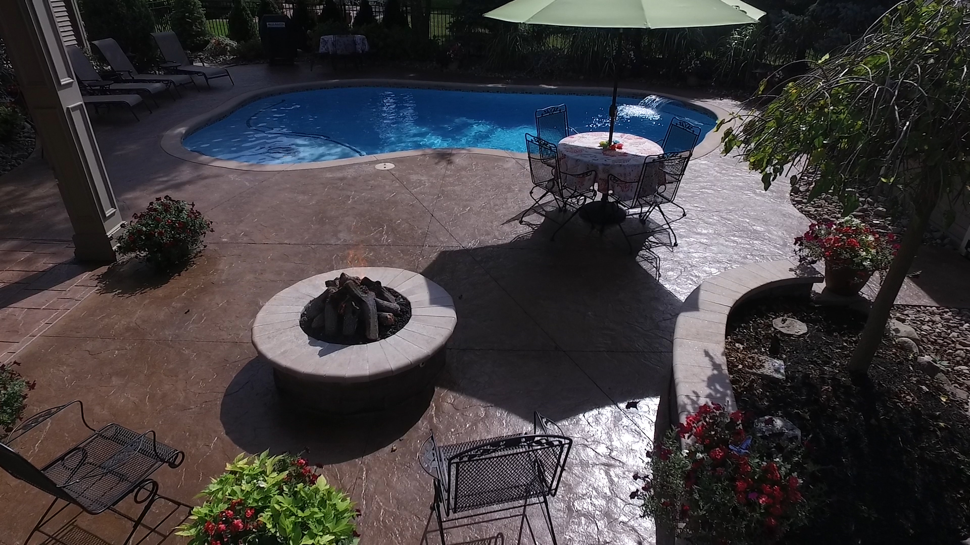Great Beauty Pools, Inc: Rochester, Buffalo, NY: Custom Swimming Pools, Spas, Pool  Repair